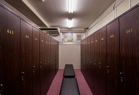 ロッカールーム01